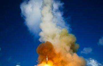 June 5, 2008-SM-2 launch: A short range, unitary, ballistic missile, Scud-like, target launches from the Mobile Launch Platform, the decommissioned USS Tripoli, in a MDA flight test June 5, 2008. Pacific Missile Range Facility, Kauai, HI. Credit: MDA