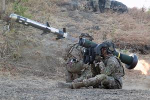 U.S. Army soldiers fire a Javelin anti-tank missile during a joint range exercise with Indonesian armed forces at a military base in Indonesia during Garuda Shield, an exercise that aims to promote regional peace and security.  Image: DoD, 2019